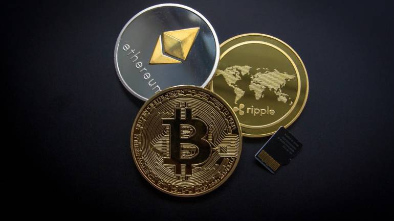Analyzing the Crypto Market: 4 Factors and Developments to Watch